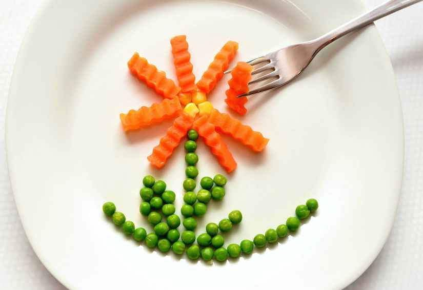 eat-carrots-peas-healthy-45218.jpeg